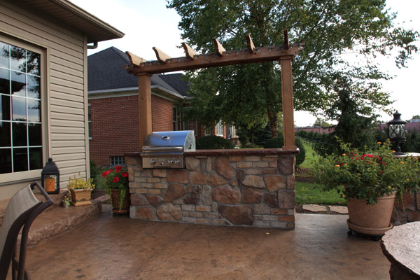 Arbor with Lights Over Grilling Kitchen Island
