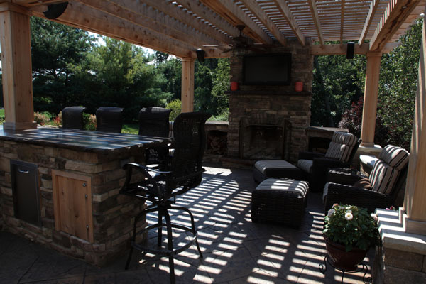 klein's lawn & landscaping | hardscapes | fireplaces