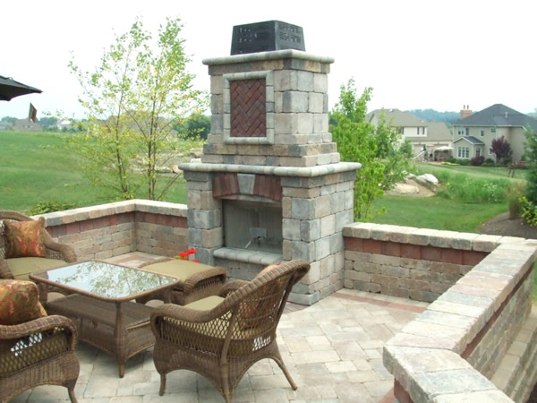 Klein's Lawn & Landscaping   Hardscapes   Fireplaces