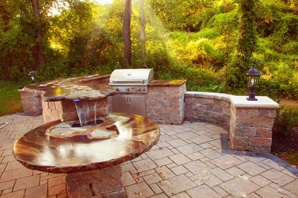 Klein\'s Lawn & Landscaping | Hardscapes | Outdoor Kitchens