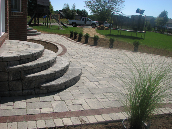 Brussles Limestone Patio With Round Steps