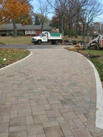B T Klein S Landscaping Hardscapes Driveways