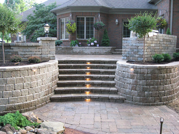 Landscaping Wall Steps : Retaining walls with steps sienna stone wall tiered