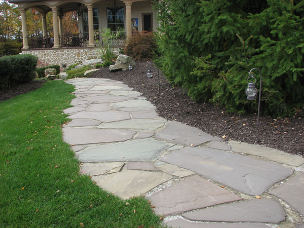 grass flagstone walk way flower bed lillac flagstone walkway jpg