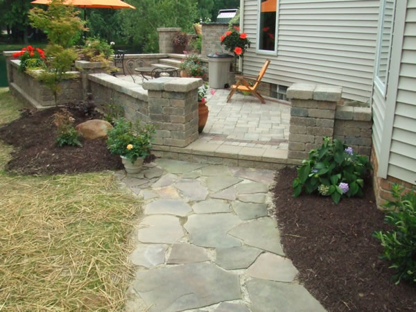 Klein 39 s lawn landscaping hardscapes walkways Natural stone walkways