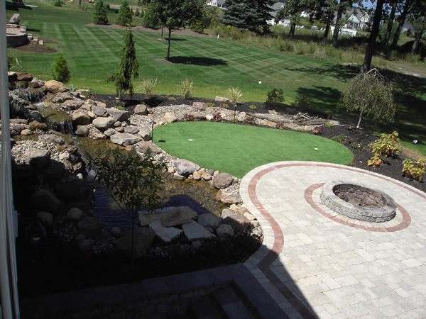 Firepit Patio With Putting Green