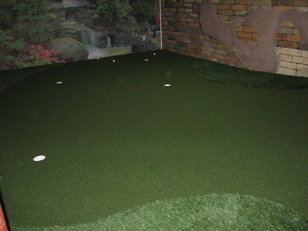 Klein\'s Lawn & Landscaping | Synthetic Turf | Golf Greens